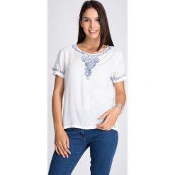 Bluzki damskie: Biała bluzka z orientalnym detalami QUIOSQUE