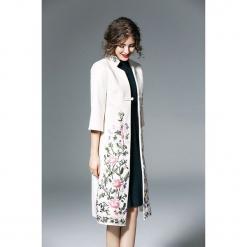 Płaszcz w kolorze białym. Białe płaszcze damskie marki Zeraco. W wyprzedaży za 379,95 zł.