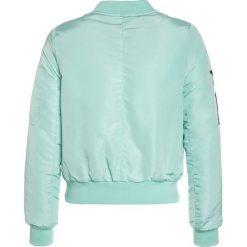 Cars Jeans EMBER Kurtka przejściowa mint. Zielone kurtki dziewczęce przeciwdeszczowe Cars Jeans, z jeansu. W wyprzedaży za 188,10 zł.