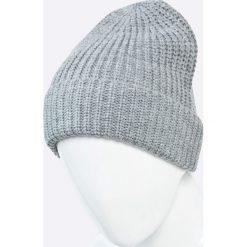 Jack & Jones - Czapka. Czarne czapki zimowe męskie marki Jack & Jones, l, z bawełny, z okrągłym kołnierzem. W wyprzedaży za 29,90 zł.