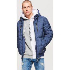 Pikowana kurtka na zimę - Granatowy. Niebieskie kurtki męskie pikowane marki Cropp, na zimę, l. Za 249,99 zł.