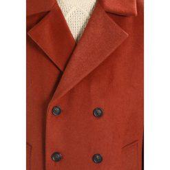 Topman OVERSIZE Płaszcz wełniany /Płaszcz klasyczny orange. Brązowe płaszcze na zamek męskie Topman, l, z materiału, klasyczne. Za 509,00 zł.