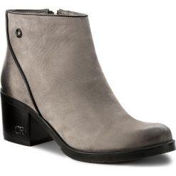 Botki CARINII - B4073 J51-E50-POL-861. Szare buty zimowe damskie marki Carinii, z nubiku. W wyprzedaży za 239,00 zł.