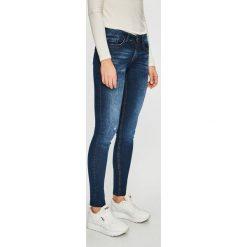 Jacqueline de Yong - Jeansy Feline. Niebieskie jeansy damskie rurki marki Jacqueline de Yong, z denimu, z obniżonym stanem. Za 169,90 zł.