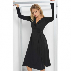 Kopertowa sukienka midi. Czarne sukienki koktajlowe marki Orsay, na imprezę, z elastanu, z kopertowym dekoltem, z długim rękawem, midi, kopertowe. Za 119,99 zł.