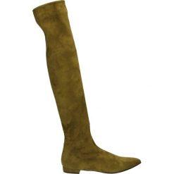 Kozaki - W195209 V OLI. Brązowe buty zimowe damskie marki Kazar, ze skóry, przed kolano, na wysokim obcasie. Za 1799,00 zł.
