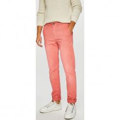 Pepe Jeans - Spodnie. Szare chinosy męskie marki Pepe Jeans, z bawełny. Za 259,90 zł.