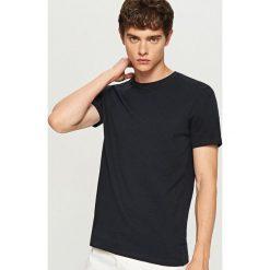 T-shirt z żakardowej dzianiny - Granatowy. Niebieskie t-shirty męskie Reserved, l, z dzianiny. Za 49,99 zł.