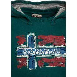 Napapijri BABOS HOOD Bluza z kapturem alpine green. Zielone bluzy chłopięce rozpinane marki Napapijri, z bawełny, z kapturem. W wyprzedaży za 231,20 zł.