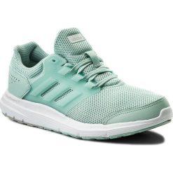 Buty adidas - Galaxy 4 W CP8836 Ashgrm/Silvmt/Gretwo. Zielone buty do biegania damskie Adidas, z materiału. W wyprzedaży za 179,00 zł.