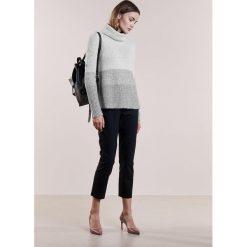 Swetry klasyczne damskie: BOSS CASUAL ILKE Sweter medium grey