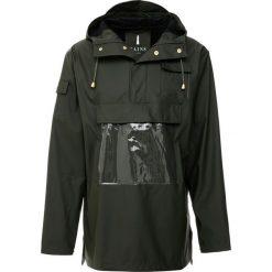Rains GLOSSY CAMP ANORAK Kurtka przeciwdeszczowa green. Czarne kurtki męskie przeciwdeszczowe marki B'TWIN, m, z materiału. Za 429,00 zł.
