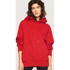 Bluza z kapturem - Czerwony. Białe bluzy z kapturem damskie marki Reserved, l, z dzianiny. Za 119,99 zł.