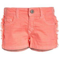 Cars Jeans KIDS RISSA  Szorty jeansowe fluor coral. Pomarańczowe spodenki chłopięce Cars Jeans, z bawełny. Za 129,00 zł.