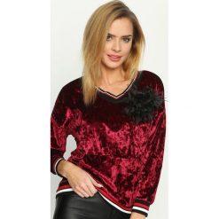 Bordowa Bluza Glowing. Czerwone bluzy z kieszeniami damskie Born2be, uniwersalny, w kolorowe wzory, z materiału. Za 59,99 zł.
