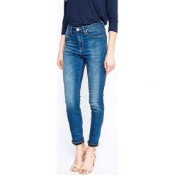 Lee - Jeansy Skyler Blue Fog. Niebieskie jeansy damskie marki Lee, z aplikacjami, z bawełny, z podwyższonym stanem. W wyprzedaży za 219,90 zł.