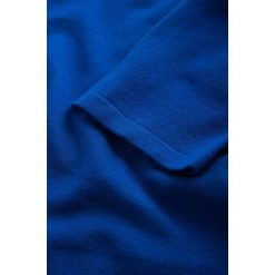 Sukienki balowe: Swetrowa sukienka z krótkim rękawem