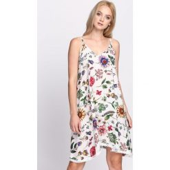 Sukienki: Biała Sukienka All Time Low