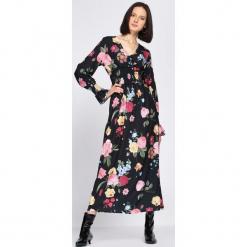 Czarna Sukienka Captivating. Czarne długie sukienki marki Born2be, l. Za 99,99 zł.