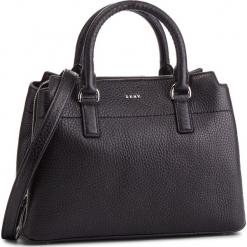 Torebka DKNY - Bellah-Md Satchel-De R83D5686 Black/Silver BSV. Czarne torebki klasyczne damskie DKNY, ze skóry. Za 1279,00 zł.