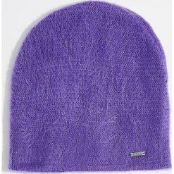 Czapka - Fioletowy. Czerwone czapki zimowe damskie marki Mohito, z bawełny. Za 39,99 zł.