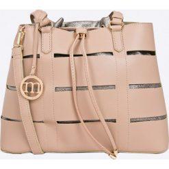 Monnari - Torebka. Różowe torebki klasyczne damskie marki Monnari, w paski, z materiału, średnie. W wyprzedaży za 229,90 zł.