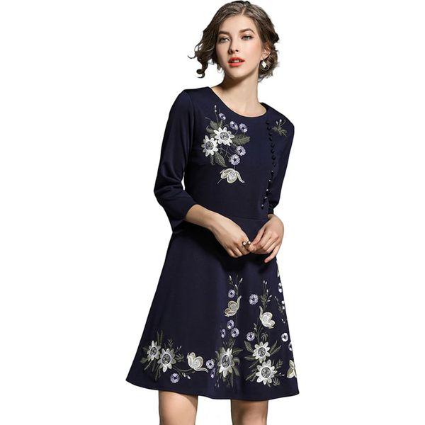 8b789f5e9e Sukienka w kolorze granatowym - Niebieskie sukienki damskie FERRAGA ...