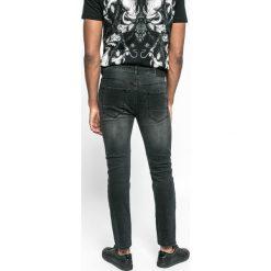 Medicine - Jeansy Let's Rebel. Szare jeansy męskie slim marki MEDICINE. W wyprzedaży za 99,90 zł.