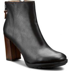 Botki KARINO - 1809/076-P Czarny. Fioletowe buty zimowe damskie marki Karino, ze skóry. W wyprzedaży za 219,00 zł.