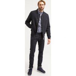 GANT Koszula persian blue. Niebieskie koszule męskie marki Polo Ralph Lauren, m, z bawełny, polo. Za 379,00 zł.