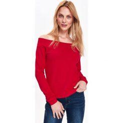 CZERWONA BLUZKA DZIANINOWA COLD SHOULDER. Czerwone bluzki z odkrytymi ramionami Top Secret, z dzianiny. Za 34,99 zł.