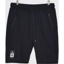 Spodenki i szorty męskie: Spodenki dresowe z kieszeniami - Czarny