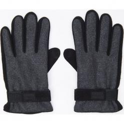 Rękawiczki z naturalną skórą - Szary. Szare rękawiczki męskie marki Cropp, ze skóry. Za 49,99 zł.