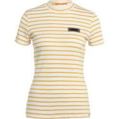 T-shirty damskie: BOSS Orange Tshirt z nadrukiem gold