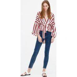 """Jeansy skinny fit z wysokim stanem """"premium quality"""". Szare jeansy damskie relaxed fit marki Pull & Bear, okrągłe. Za 59,90 zł."""