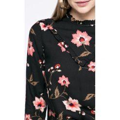 Vero Moda - Bluzka. Szare bluzki z odkrytymi ramionami Vero Moda, m, z tkaniny, casualowe, z okrągłym kołnierzem. W wyprzedaży za 59,90 zł.