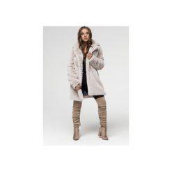 Płaszcz ze sztucznego futerka- dyplomatka szary. Czerwone płaszcze damskie zimowe marki Cropp, l. Za 799,00 zł.