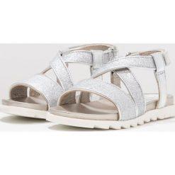 Unisa PESTO Sandały glitter antik/light metal silver. Szare sandały chłopięce marki Unisa, z materiału, z otwartym noskiem. W wyprzedaży za 207,35 zł.