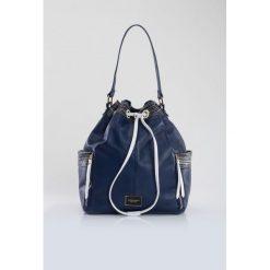 Torebka-worek z kolorowymi paskami. Szare torebki klasyczne damskie Monnari, ze skóry, małe, zdobione. Za 99,60 zł.