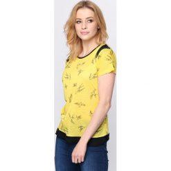 Bluzki, topy, tuniki: Żółty T-shirt Suit & Tie