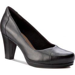 Półbuty CLARKS - Chorus Carol 261279484 Black Leather. Czarne półbuty damskie skórzane Clarks, eleganckie, na obcasie. W wyprzedaży za 249,00 zł.