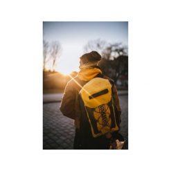 Plecak Explorer 20l Yellow. Żółte plecaki damskie Fish dry pack, z materiału, sportowe. Za 179,00 zł.