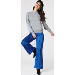 NA-KD Bluza Good Vibes - Grey. Szare bluzy damskie NA-KD, z napisami. Za 100,95 zł.