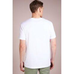 James Perse VNECK TEE Tshirt basic white. Białe t-shirty męskie James Perse, m, z bawełny. Za 379,00 zł.