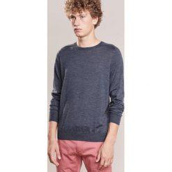 CLOSED Sweter anthrazit. Szare swetry klasyczne męskie marki CLOSED, l, z materiału. W wyprzedaży za 531,75 zł.