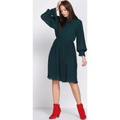 Zielona Sukienka Acquiescence. Zielone sukienki hiszpanki Born2be, s, midi. Za 109,99 zł.