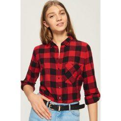 Koszula z frędzlami - Czerwony. Czerwone koszule damskie marki Sinsay, l. W wyprzedaży za 29,99 zł.