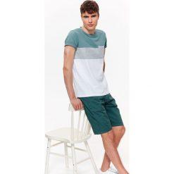 T-shirty męskie: T-SHIRT MĘSKI Z KIESZONKĄ