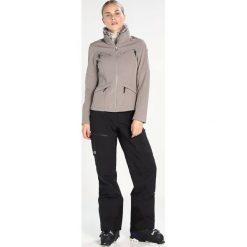 Icepeak CELIA Kurtka Softshell khaki. Zielone kurtki damskie Icepeak, z elastanu. W wyprzedaży za 377,10 zł.
