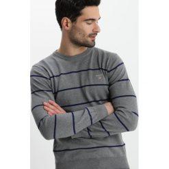 GANT STRETCH BRETON CREW Sweter dark grey melange. Niebieskie kardigany męskie marki GANT. Za 509,00 zł.